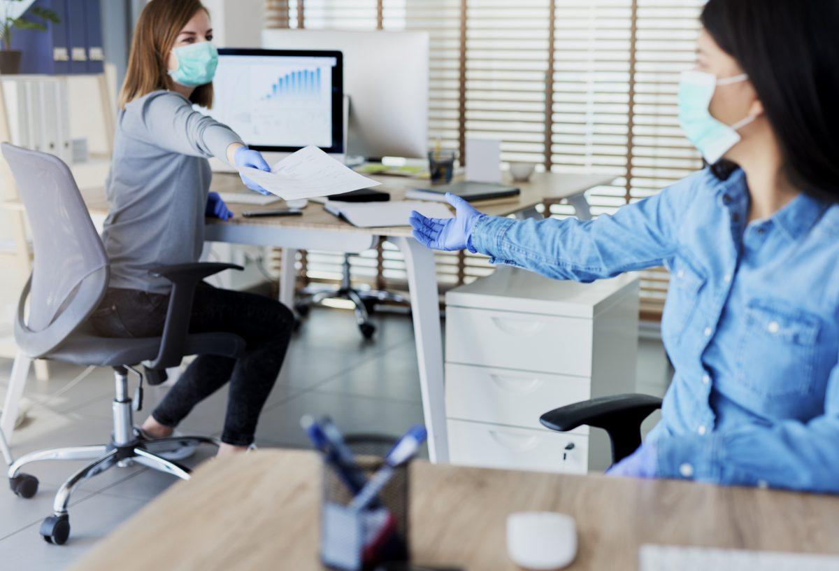 La sanificazione e le nuove misure anti-contagio nei luoghi di lavoro